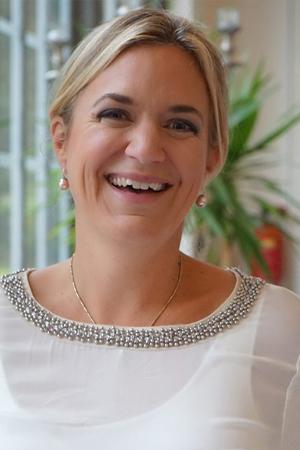 Cornelia Harms, CEO daring dolphins Kinder- & Familienstiftung gGmbH